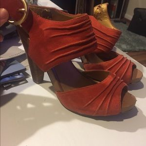 Seychelles red heeled sandals